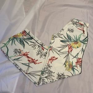 Zara flower pants size XS- Amazing!